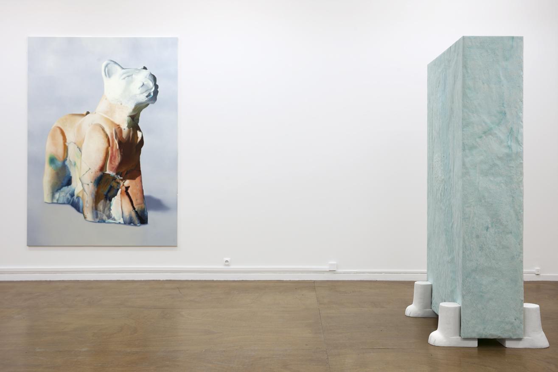 maude-maris-pardalis-220x160cm-huile sur toile-les souffleurs-206x40x116cm-plâtre-papier-encre©-isabelle-giovacchini